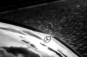 Voiture Mercedes de la Centrale des Chauffeurs.